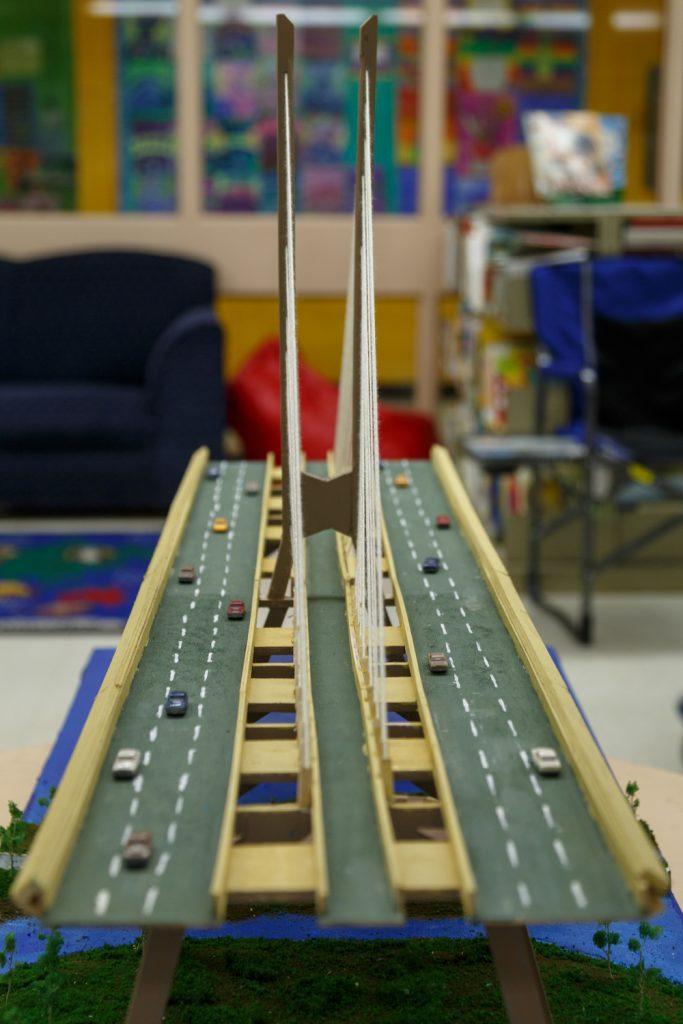 New Champlain Bridge replica – Good Shepherd Elementary school (Brossard)